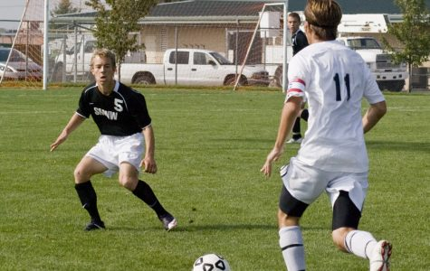 Boys' soccer defeated by state champions Falcons, 2-1