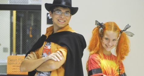 Cougar Crazie Day: Crazie Costumes