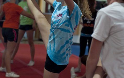 Photo of the Day: Cheer Practice