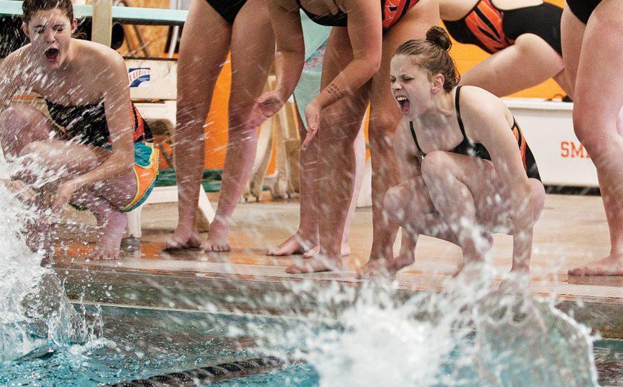 Girls%27+Swim+and+Dive+Prepares+for+Upcoming+Season