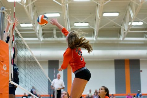 Volleyball sets up for Sub-state