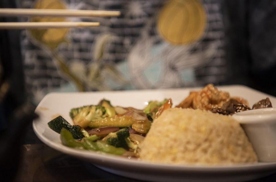 The beautiful decor of Oishi outshines the food
