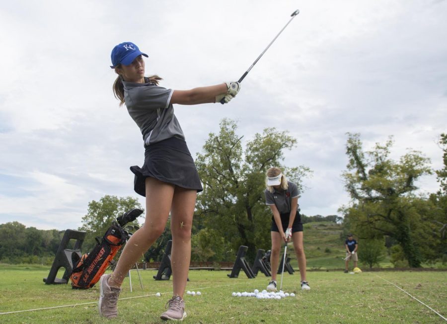 Girls' golf team is lacking in players